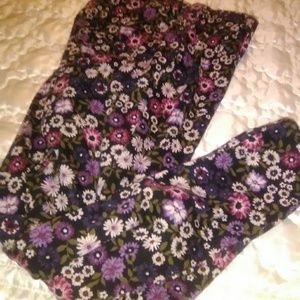 Fall Flowered leggings with spandex